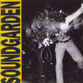 Soundgarden – Louder Than Love (1989)